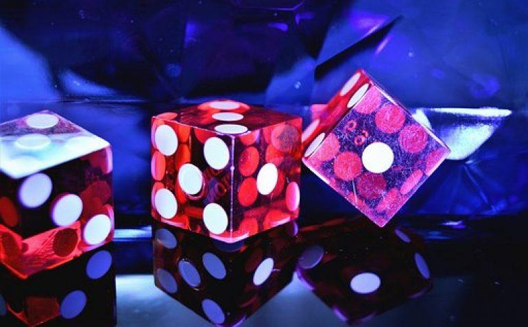 Suomalaiset nettikasinot: ilmaisilla bonuksilla pelaaminen